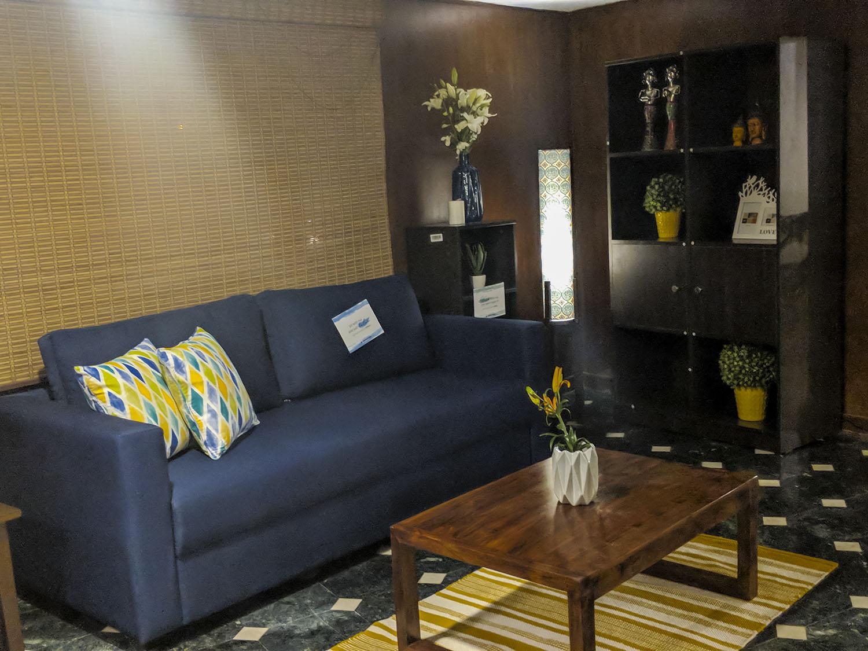 Aishwarya Iyengar Rentmojo Renting - Sofa Set