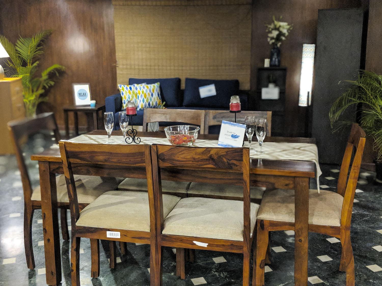 Aishwarya Iyengar Rentmojo Renting - Dining room
